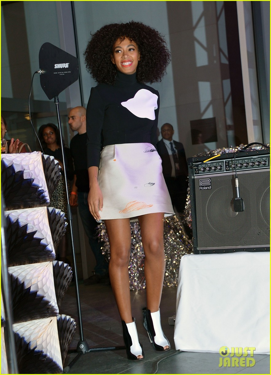 solange knowles the armory party performer 01