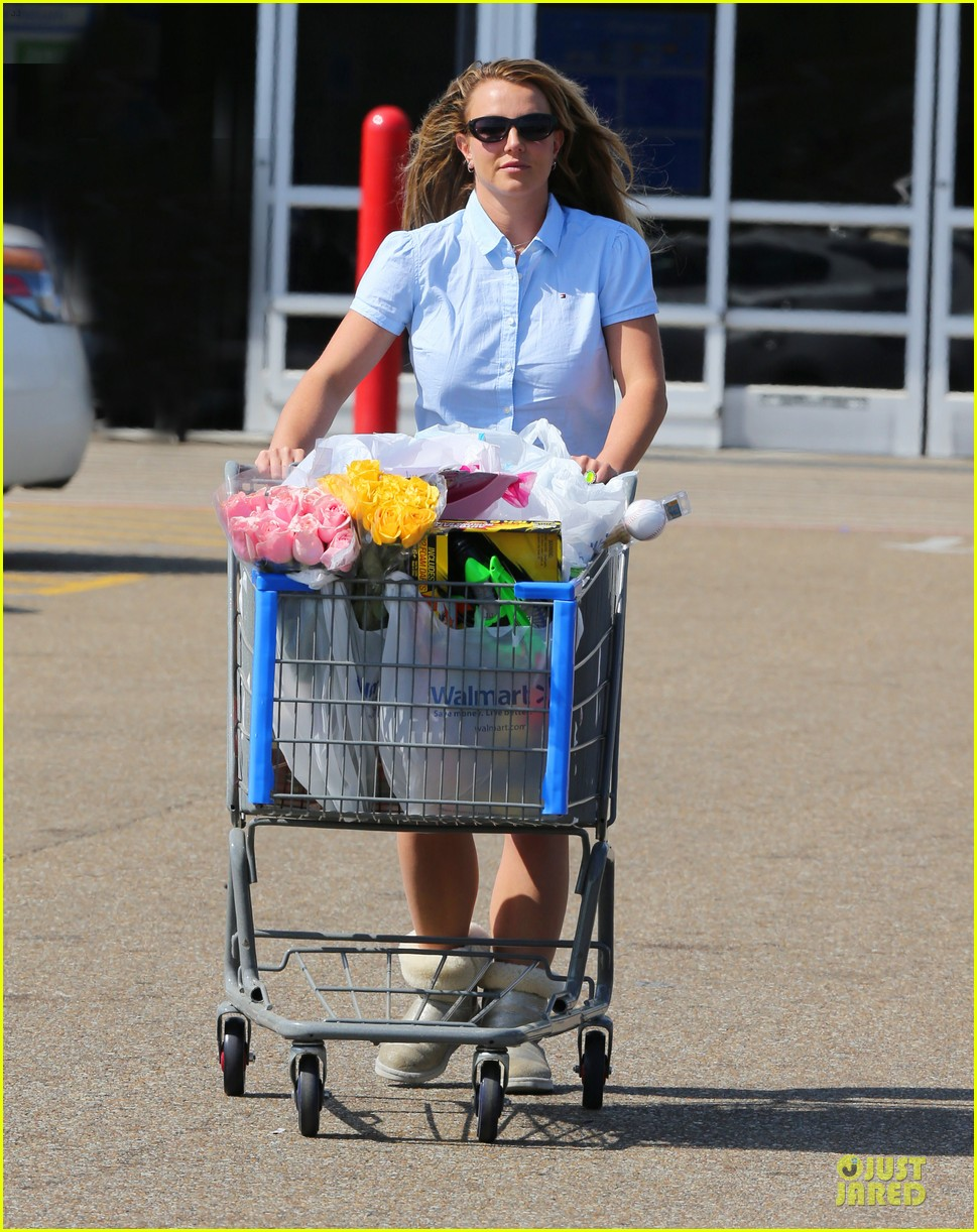 britney spears easter shopping in louisiana 012840520