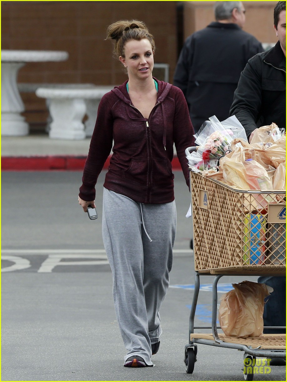 britney spears flowering grocery stop 102827417