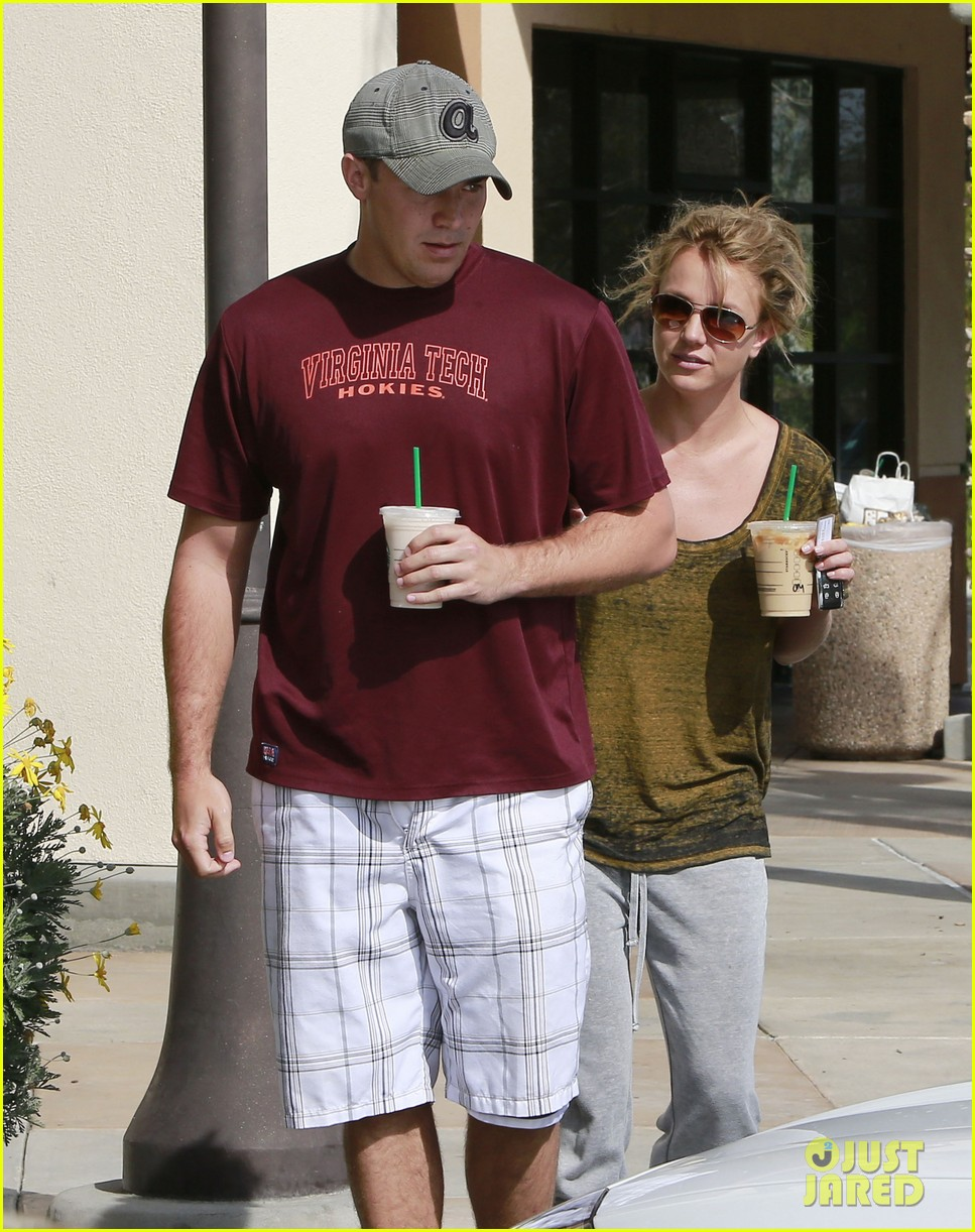 britney spears david lucado starbucks stop 08