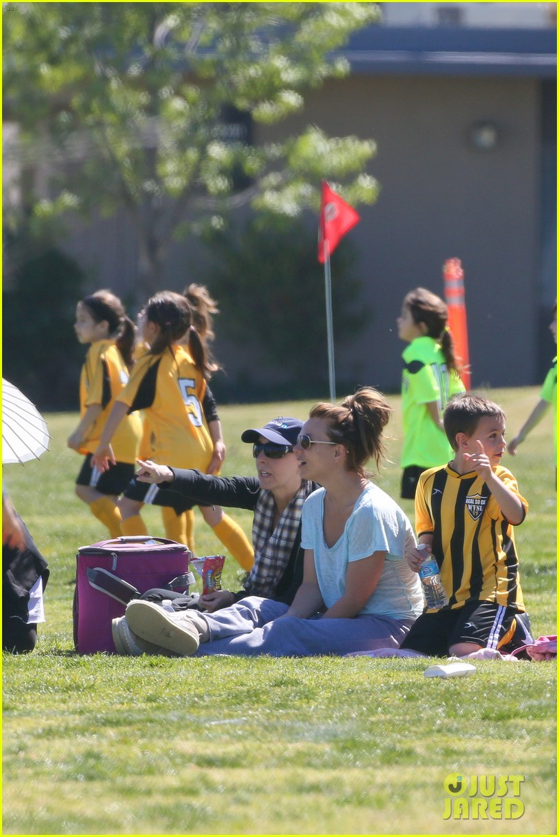 britney spears sunday soccer mom 24