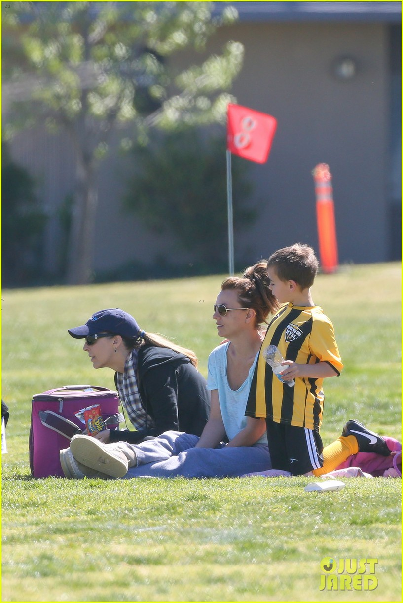 britney spears sunday soccer mom 31