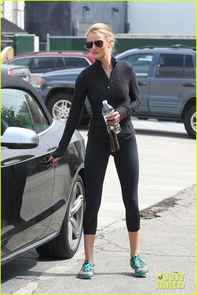 rosie huntington whiteley works out jason statham arrives at lax 08