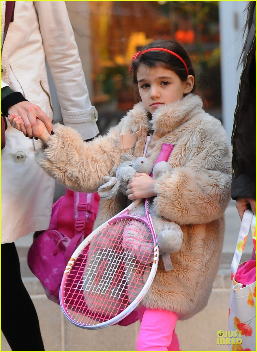 katie holmes suri tennis playing duo 02