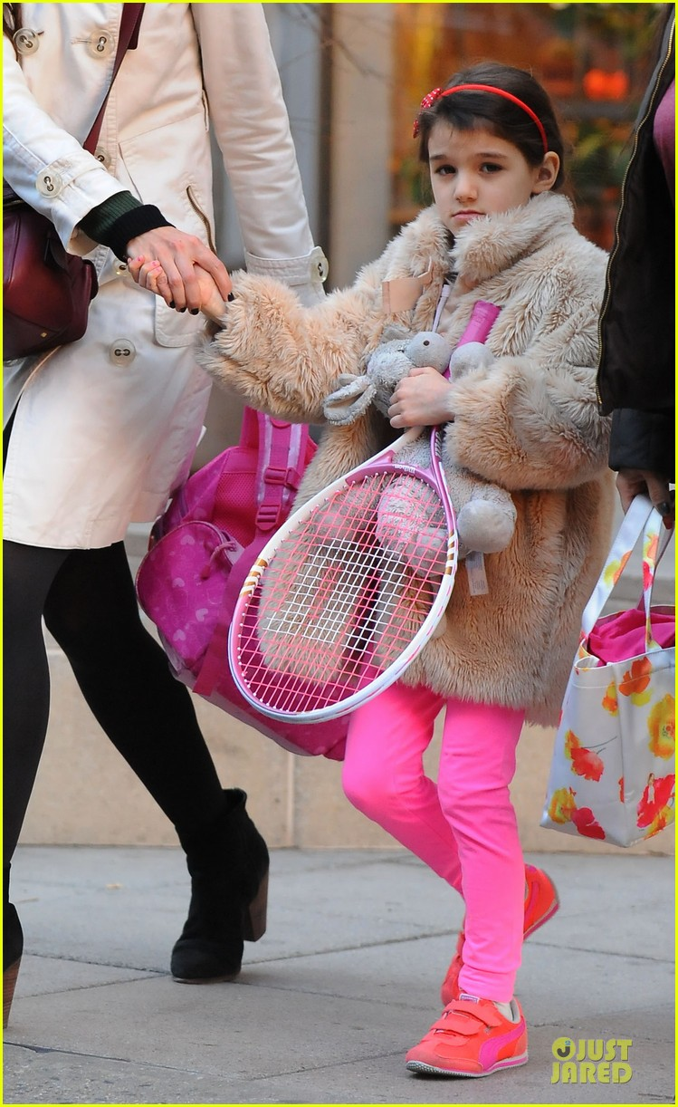 katie holmes suri tennis playing duo 05