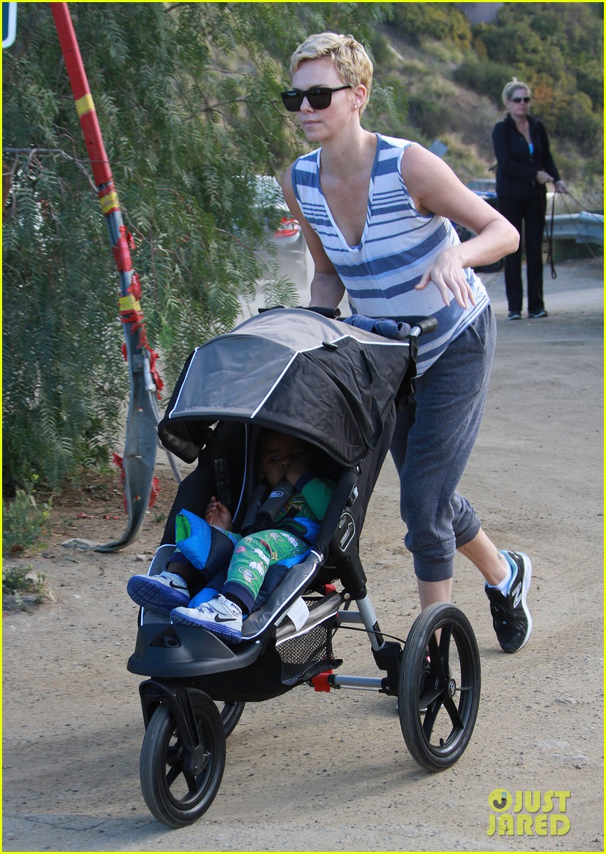 charlize theron runyon canyon hike with jackson 012831160