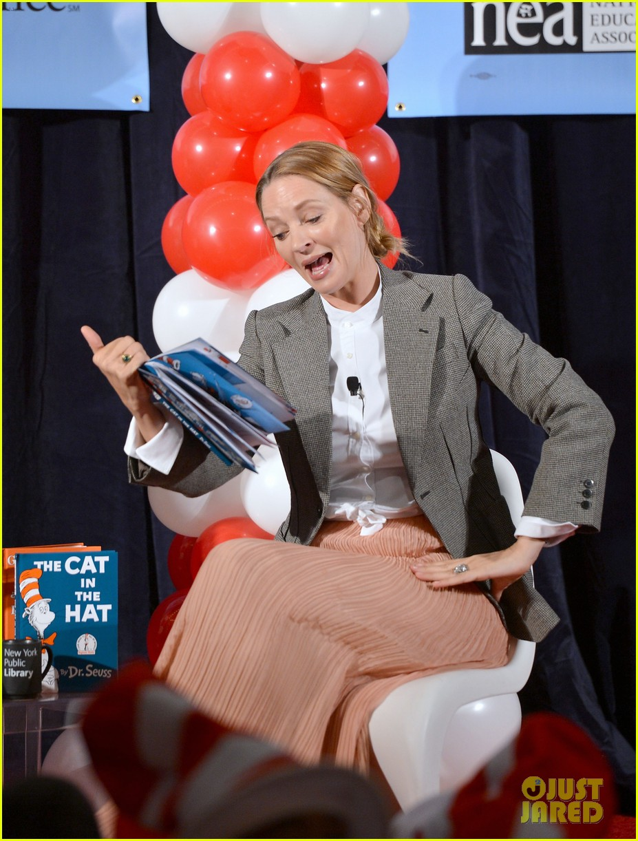 uma thurman cat in the hat for read across america day 032823498