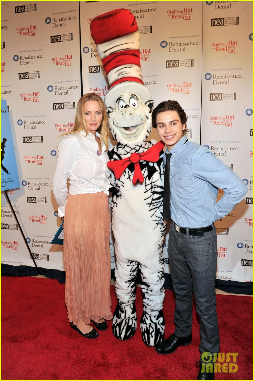 uma thurman cat in the hat for read across america day 142823509