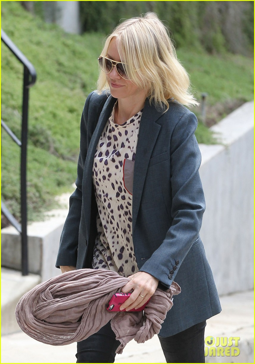 naomi watts liev schreiber separate sunny outings 04