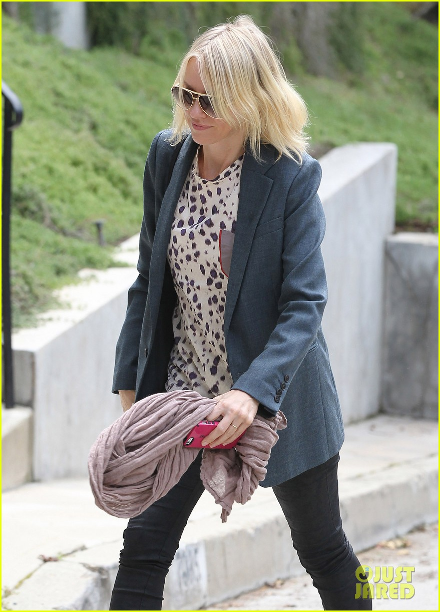 naomi watts liev schreiber separate sunny outings 09