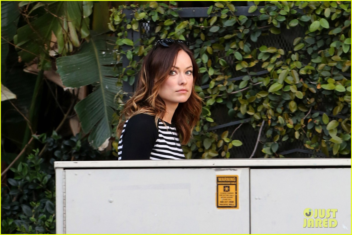 olivia wilde brightly colored beauty 09