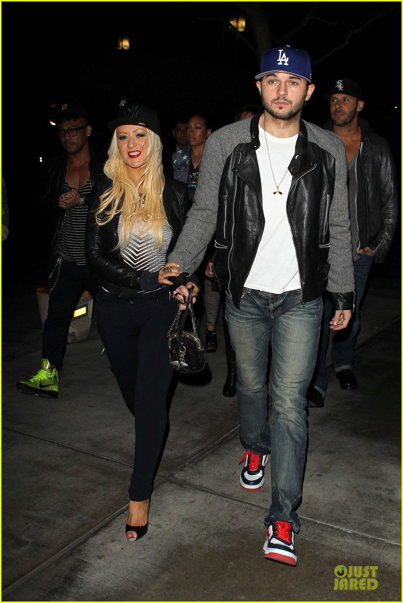 christina aguilera matthew rutler rihanna diamond world tour date 082846009