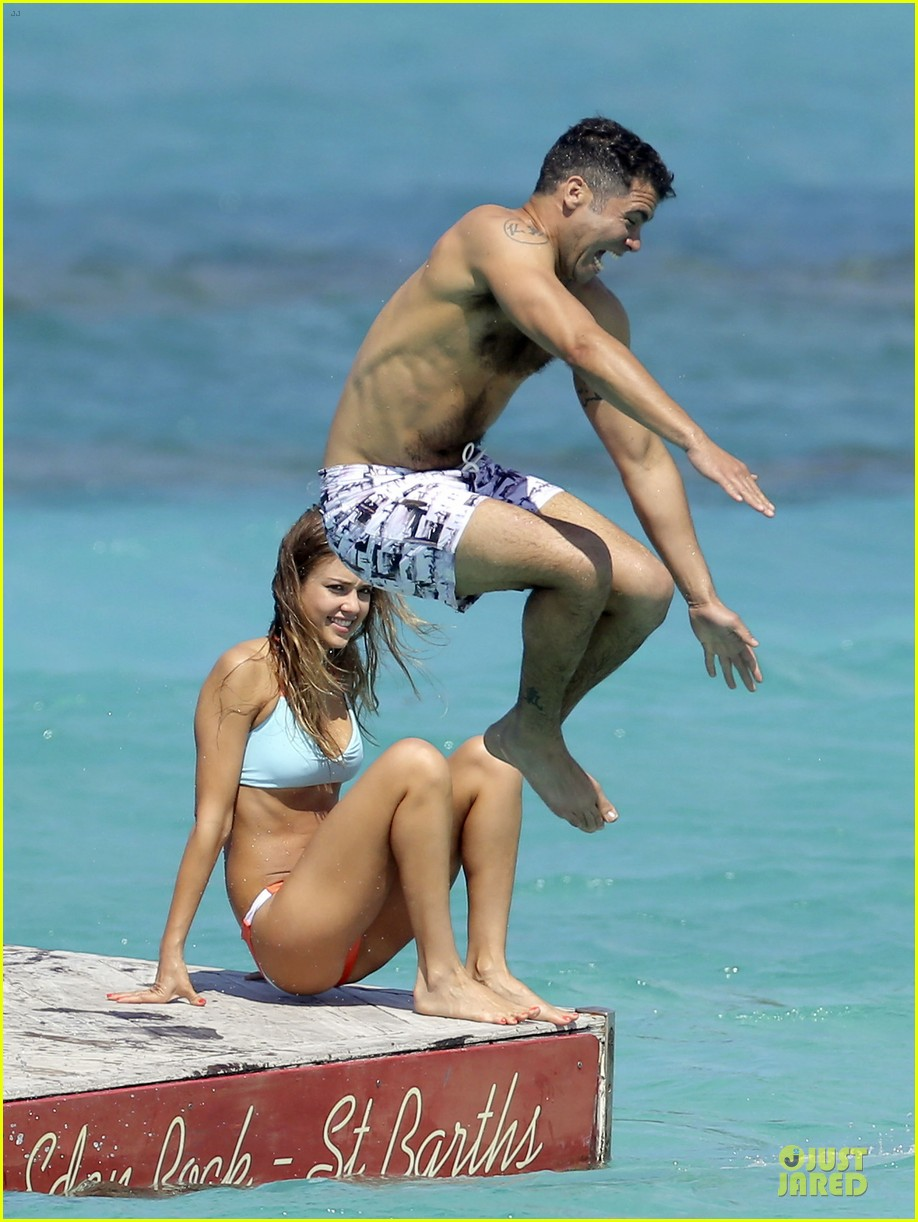 jessica alba st barts bikini babe with shirtless cash warren 292844148