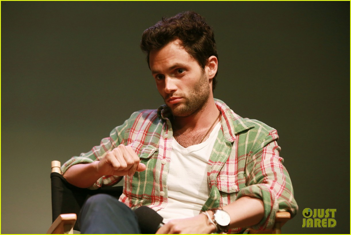 penn badgley greetings from tim buckley apple event 09