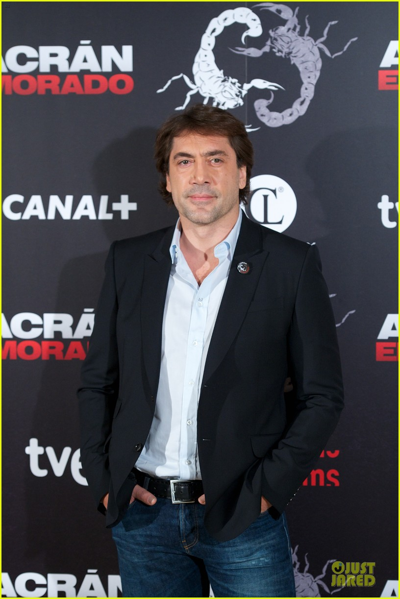 javier bardem alacran enamorado photo call with brother carlos 04