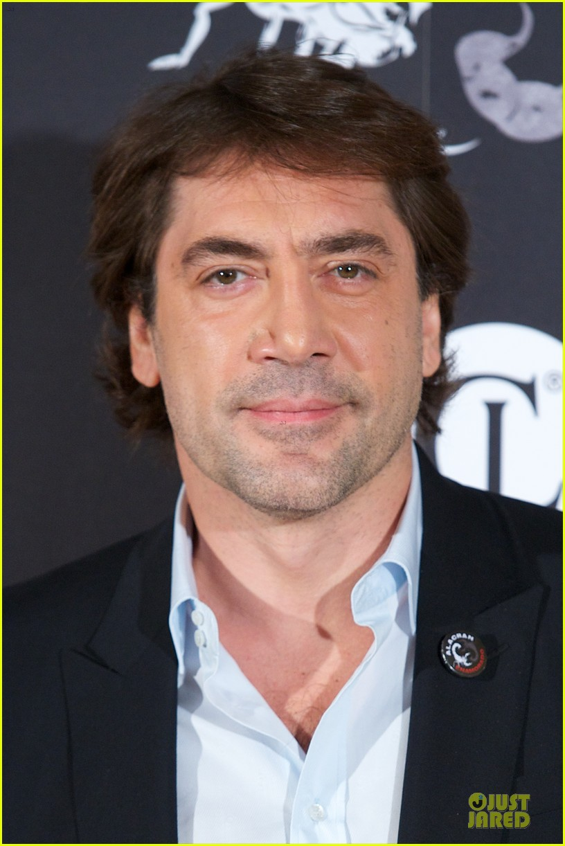 javier bardem alacran enamorado photo call with brother carlos 06