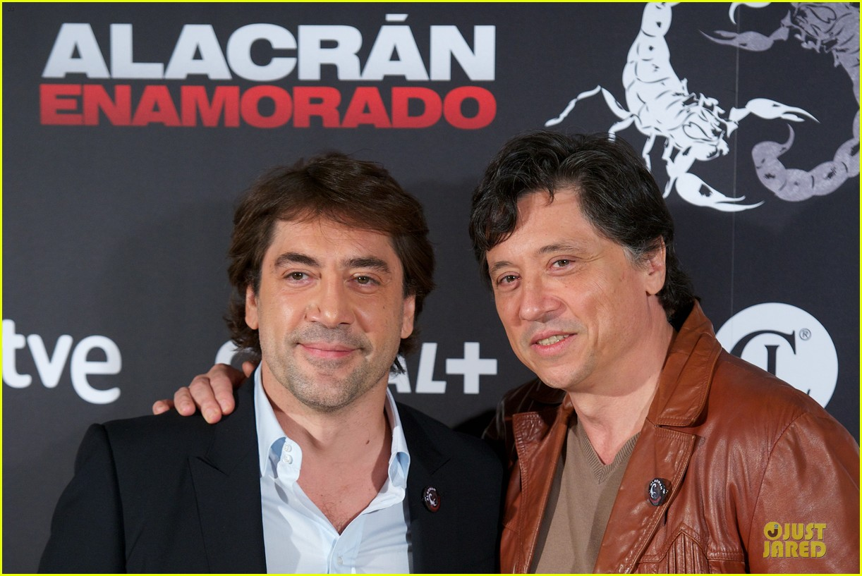 javier bardem alacran enamorado photo call with brother carlos 08