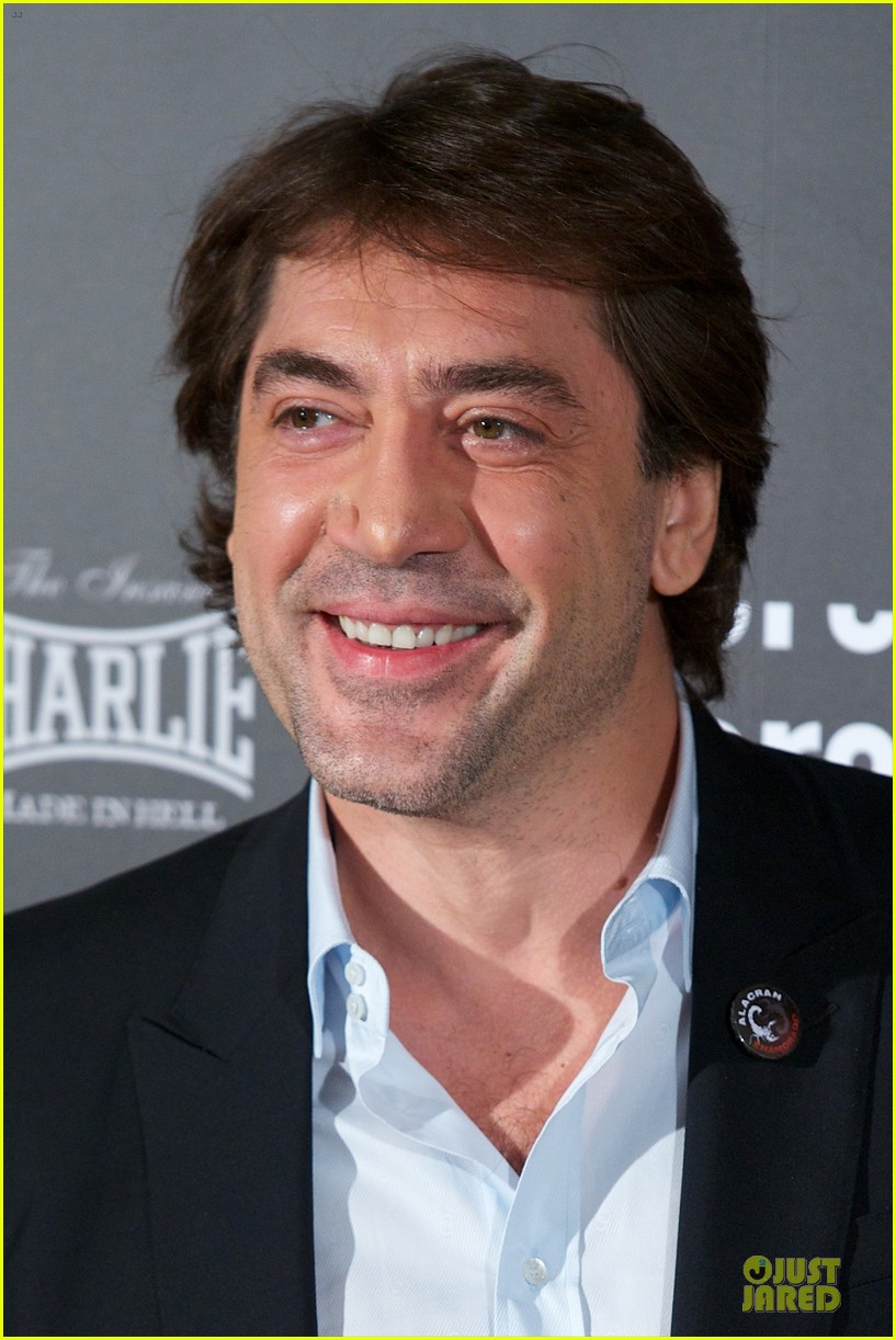 javier bardem alacran enamorado photo call with brother carlos 10