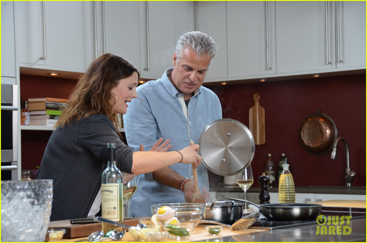 drew barrymore cooks with chef eric ripert watch now 012852435