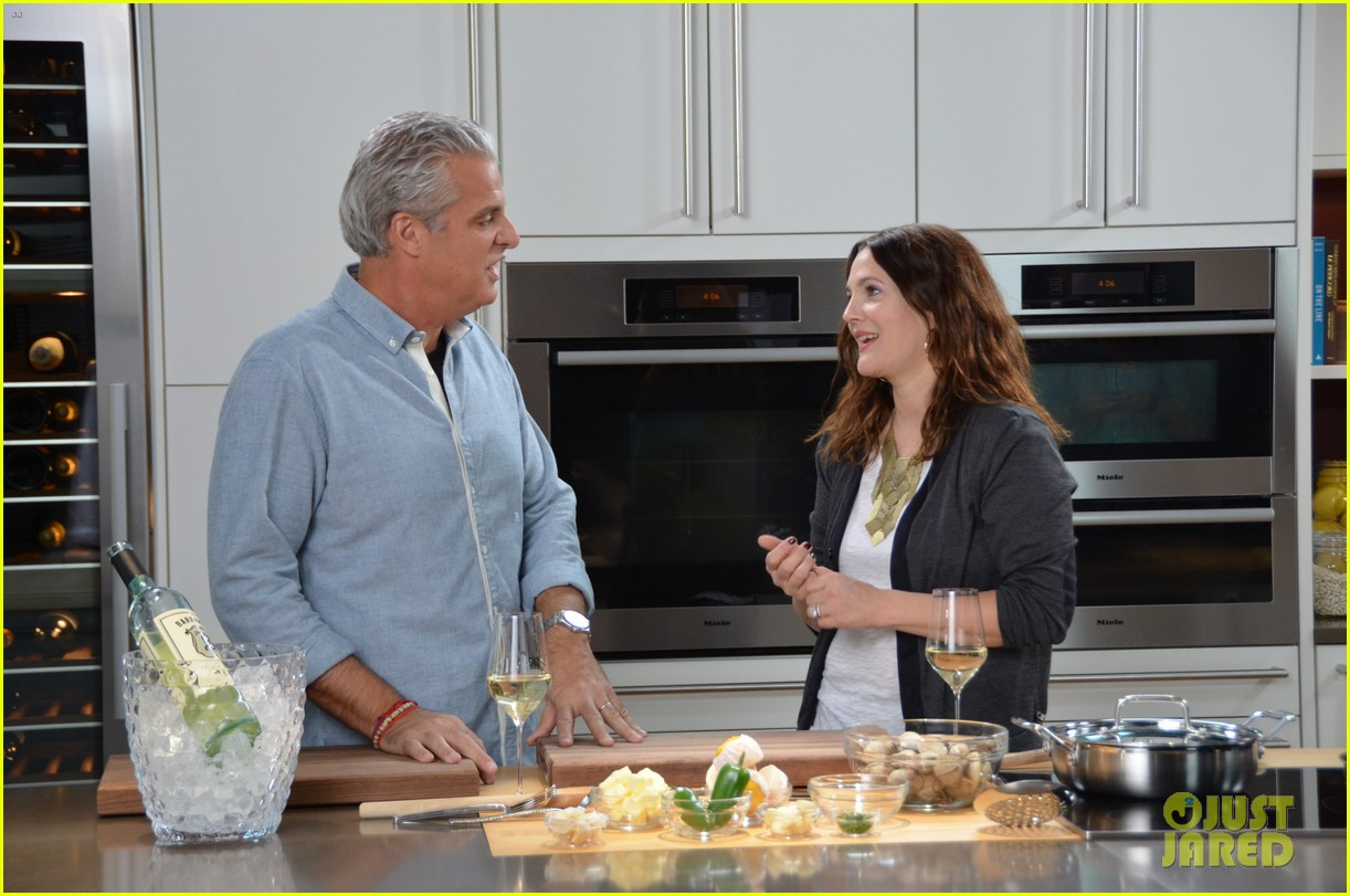 drew barrymore cooks with chef eric ripert watch now 06