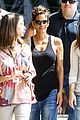 halle berry pregnant brazilian sightseeing 12