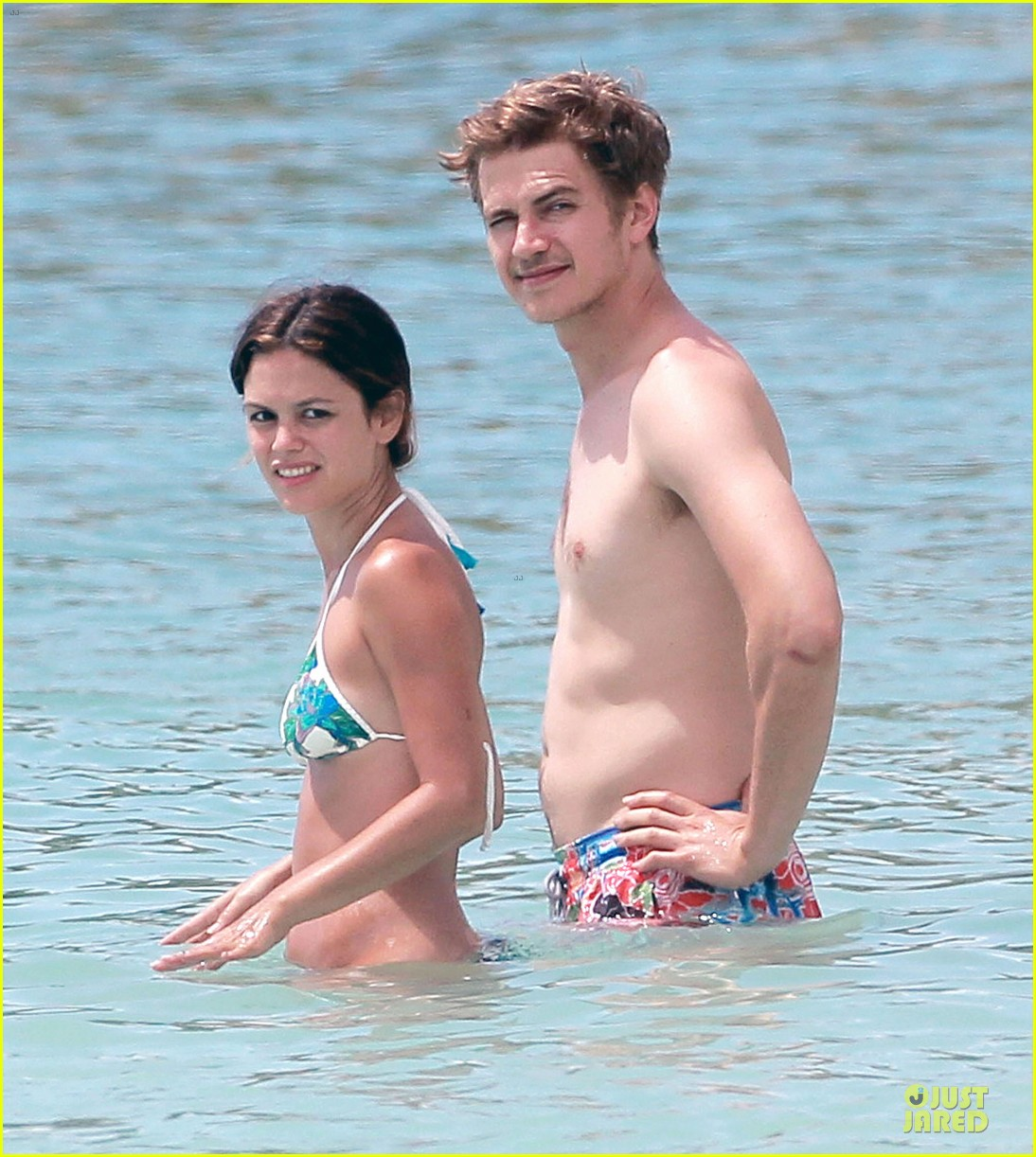 rachel bilson bikini barbados babe with shirtless hayden christensen 02