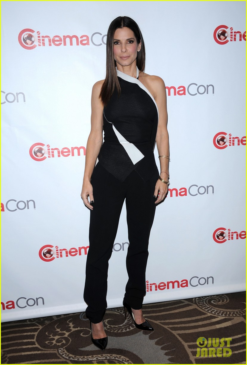 sandra bullock melissa mccarthy the heat at cinemacon 04