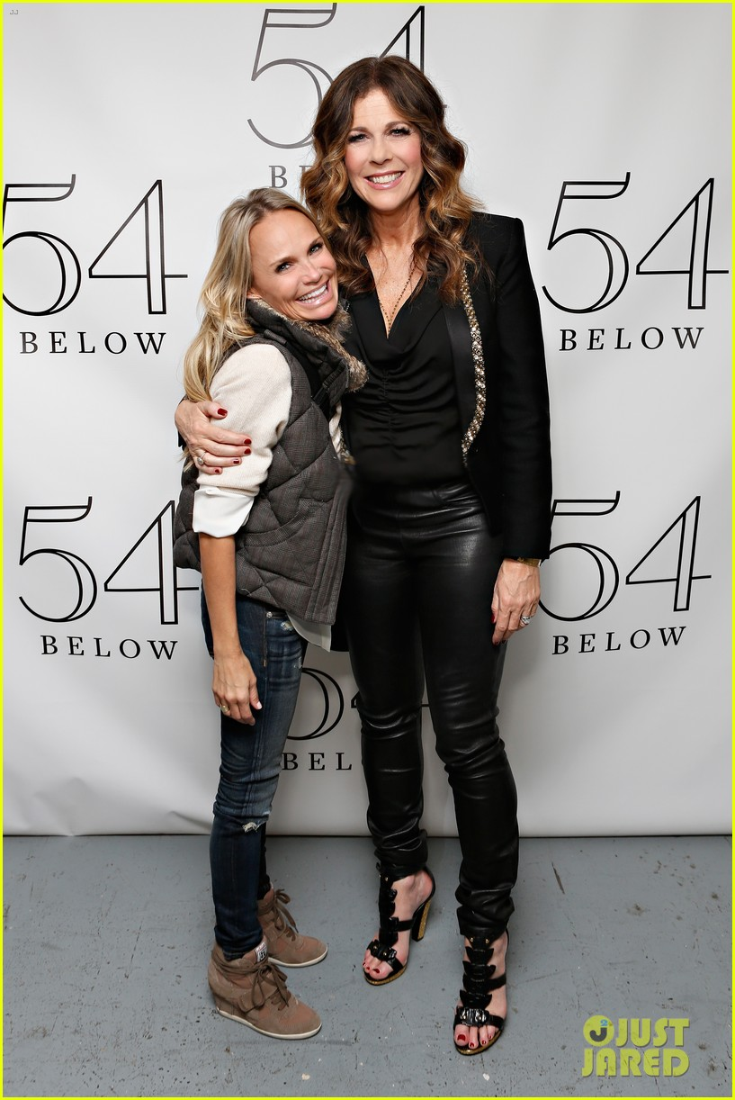 allison williams kristin chenoweth rita wilson at 54 below 01
