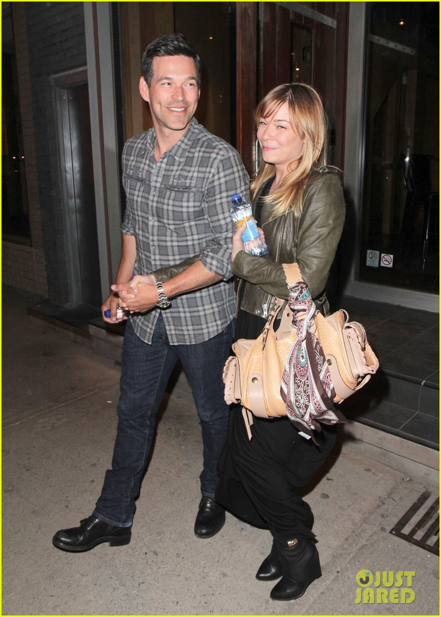 eddie cibrian leann rimes second wedding anniversary celebration 132856421