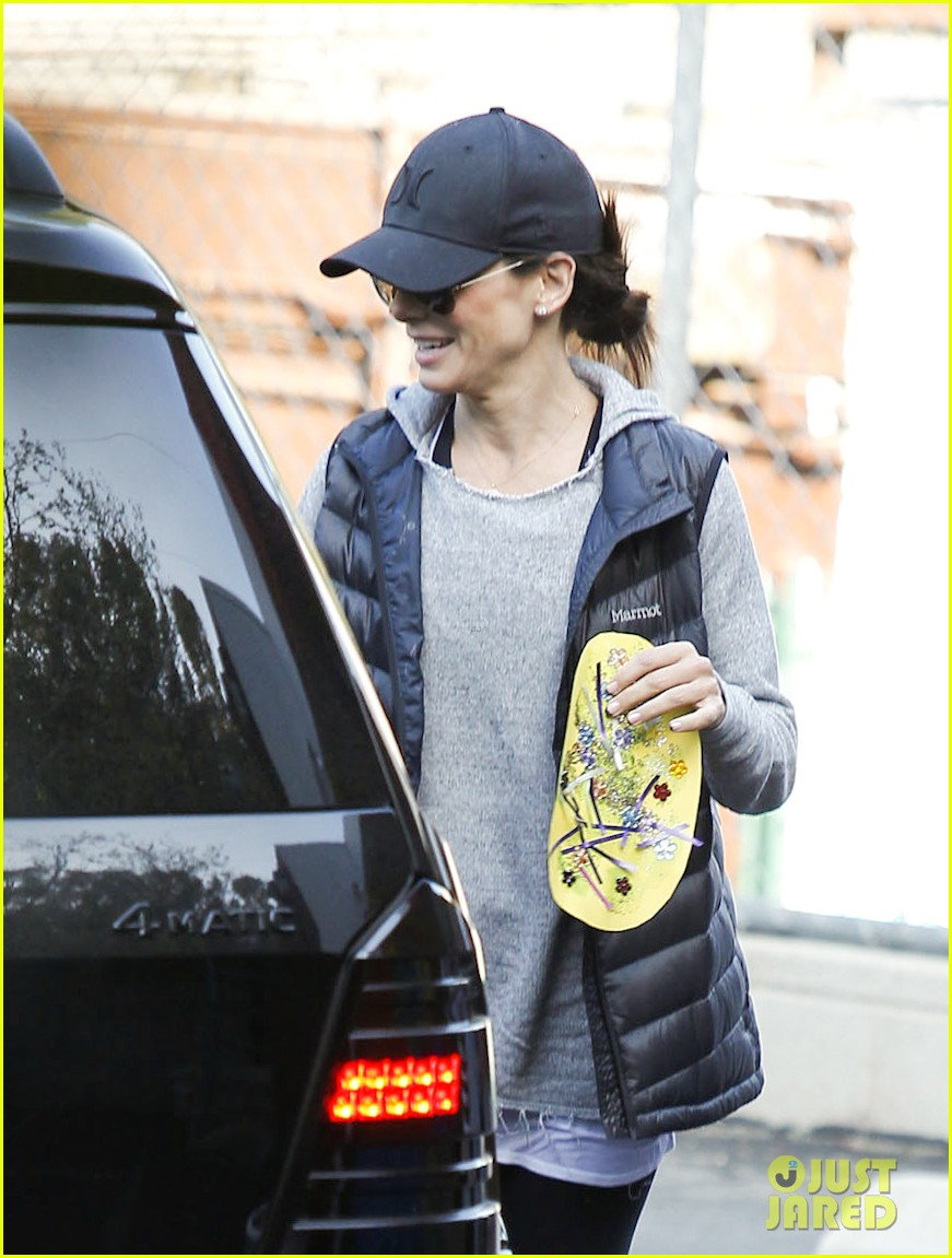 lily collins i want to do a comedy with sandra bullock 06