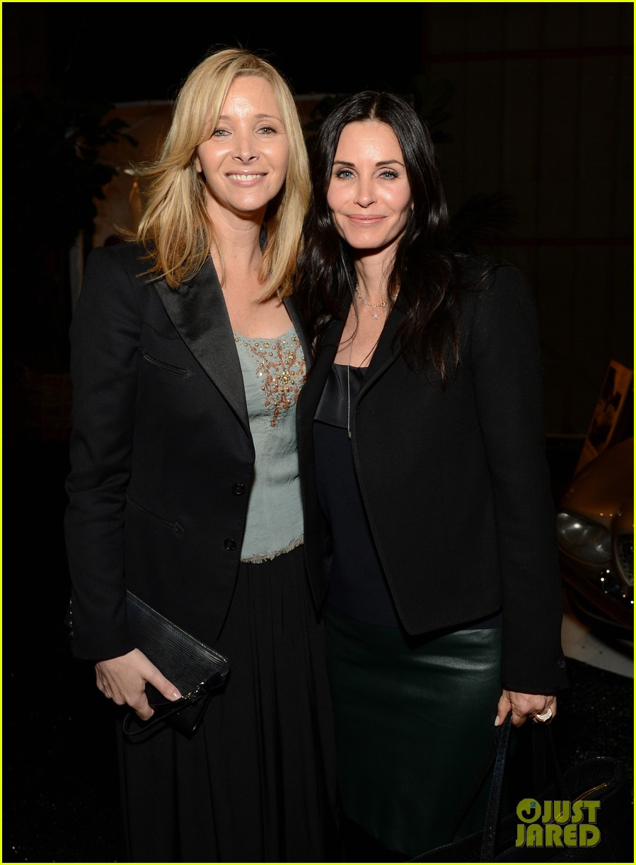 courteney cox julie bowen la modernism show opening 18