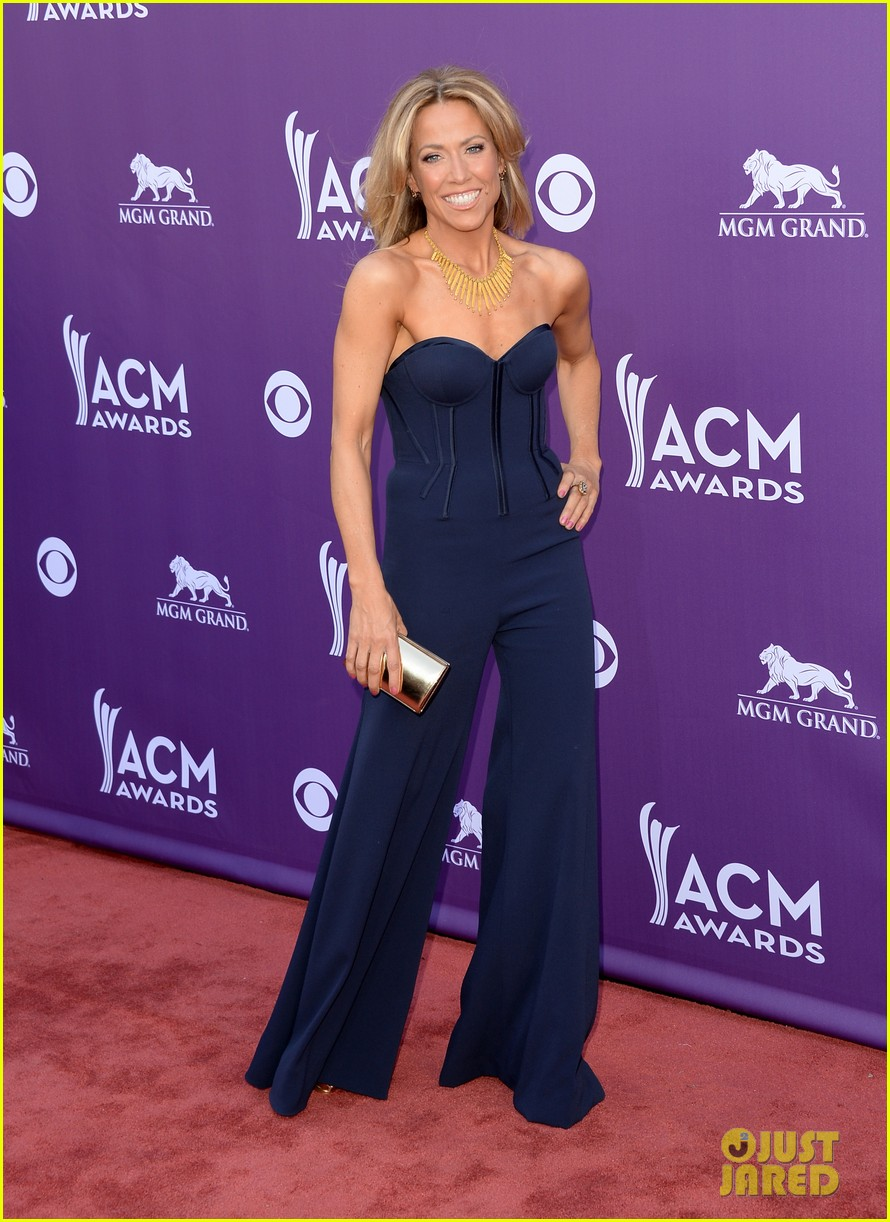 sheryl crow acm awards red carpet 2013 04