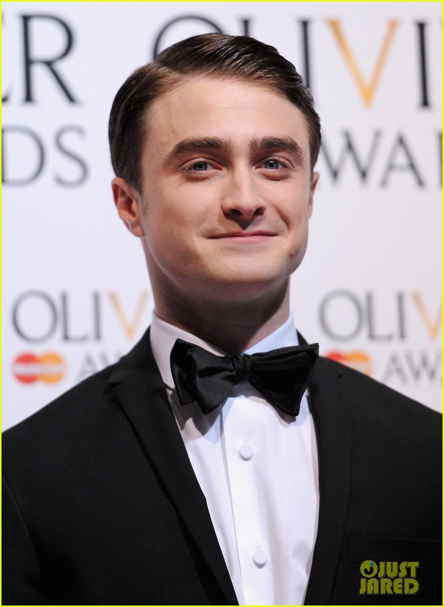 daniel radcliffe olivier awards 2013 red carpet 06