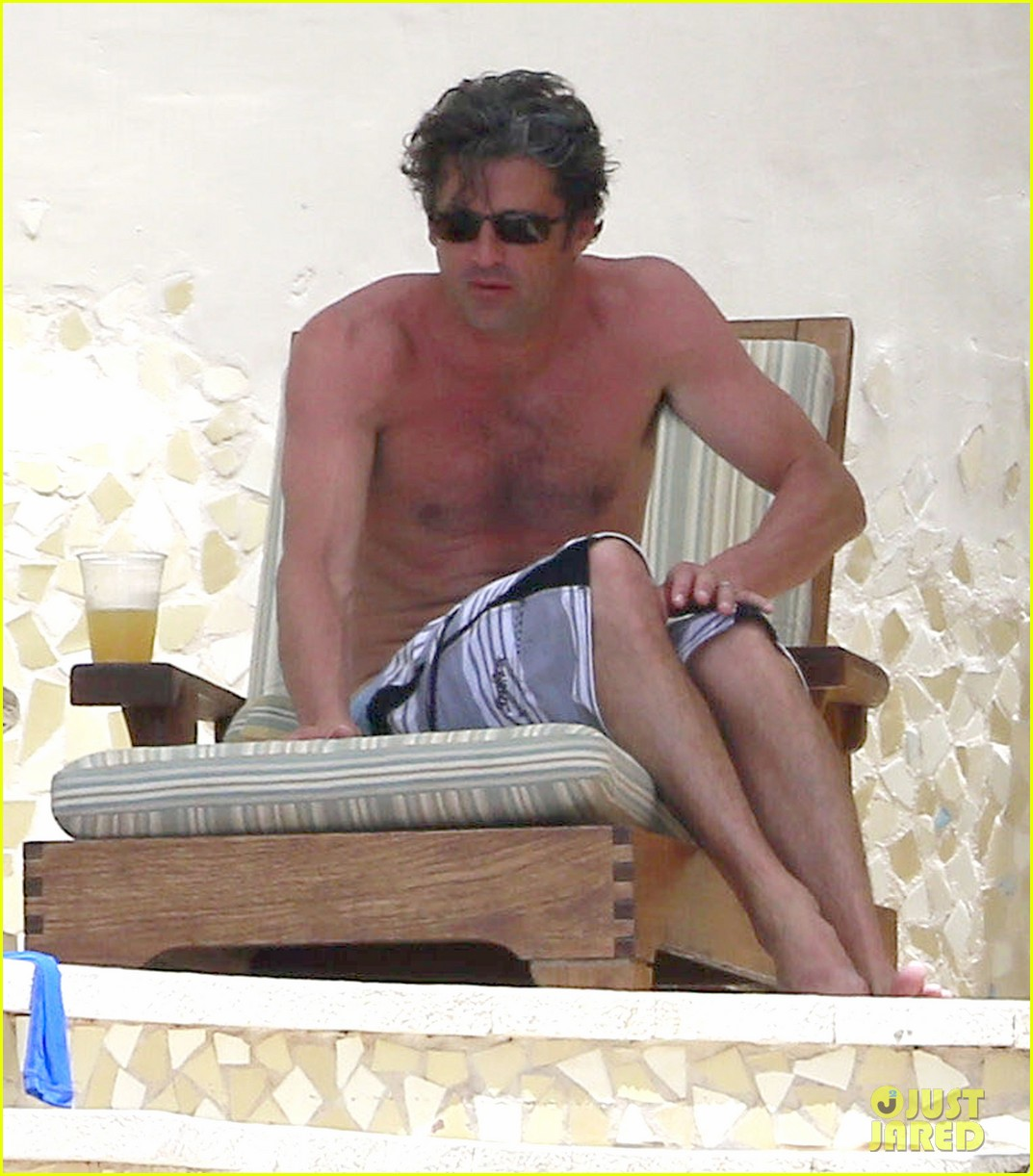 patrick dempsey shirtless mexico vacation with the family 02