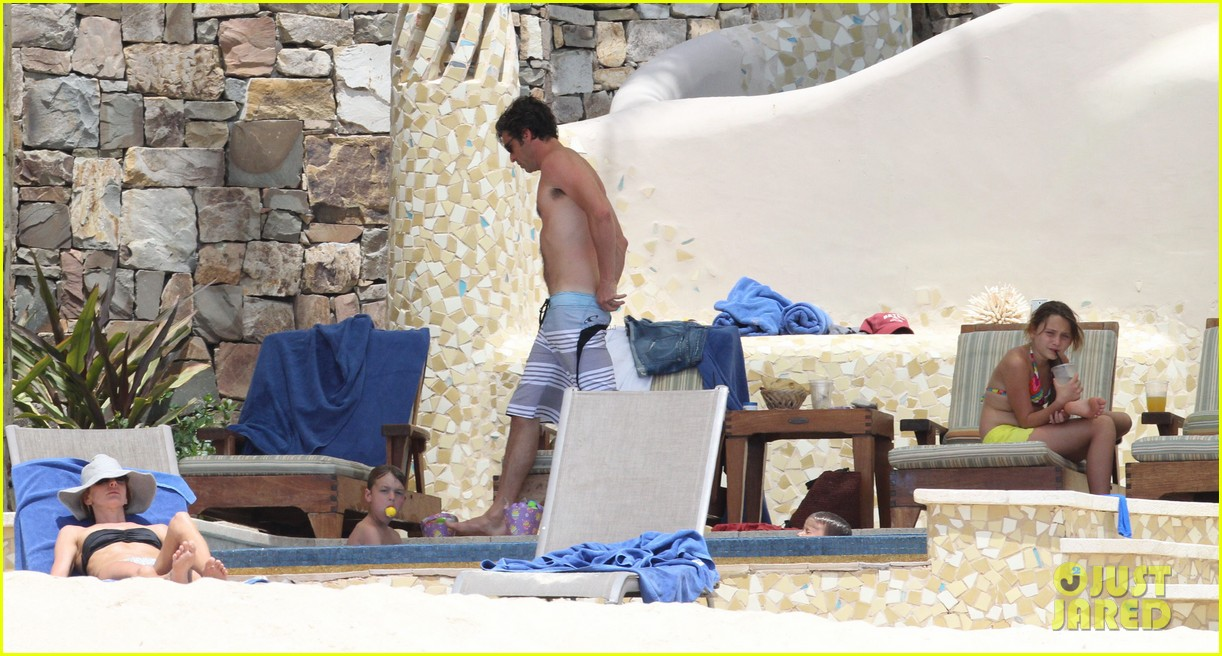 patrick dempsey shirtless mexico vacation with the family 13