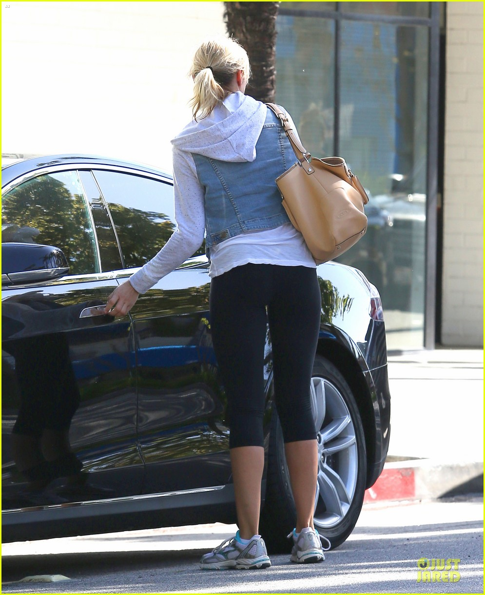 cameron diaz refreshing gym workout 09
