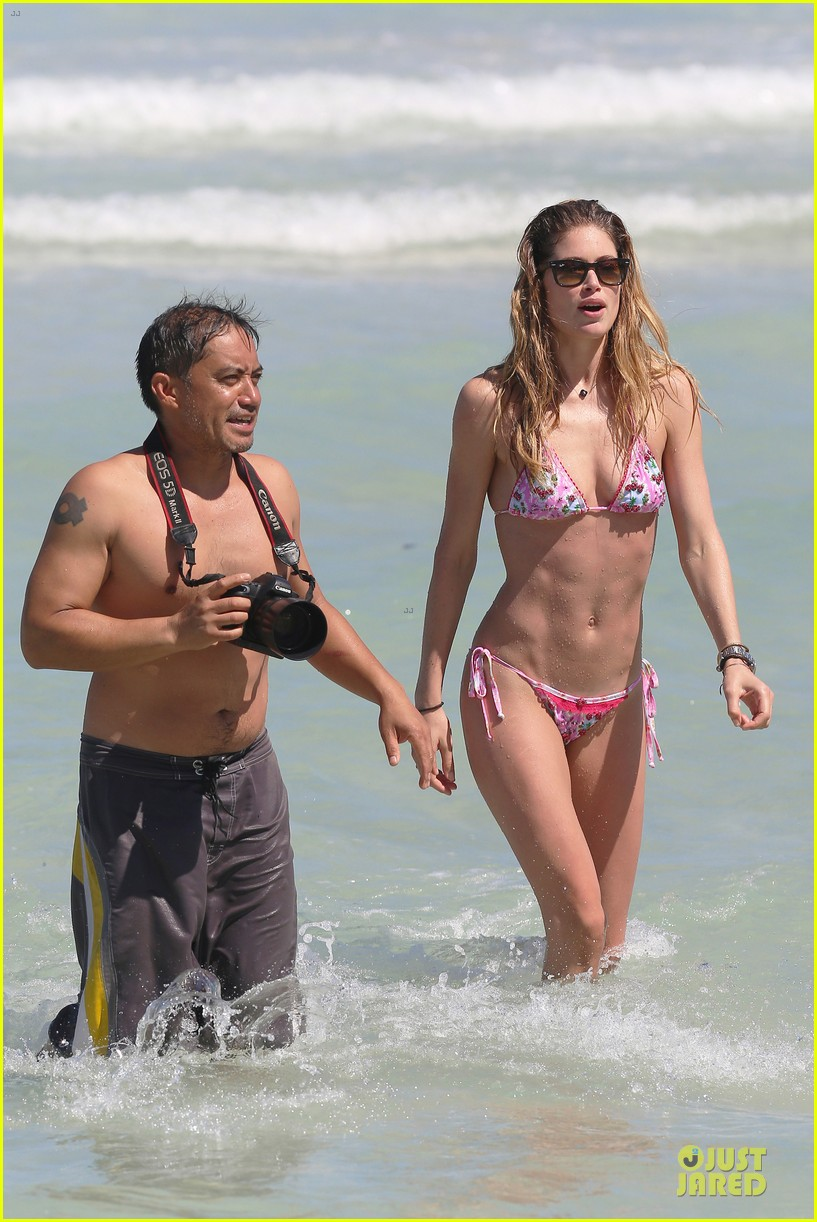doutzen kroes bikini photo shoot with sunnery james 42