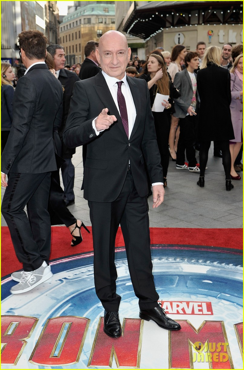 robert downey jr samantha barks iron man 3 london premiere 052852757