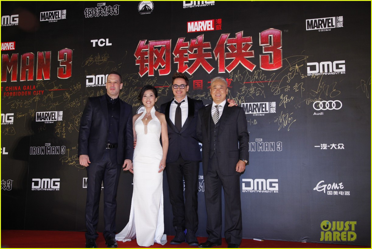robert downey jr iron man 3 beijing premiere 032845551