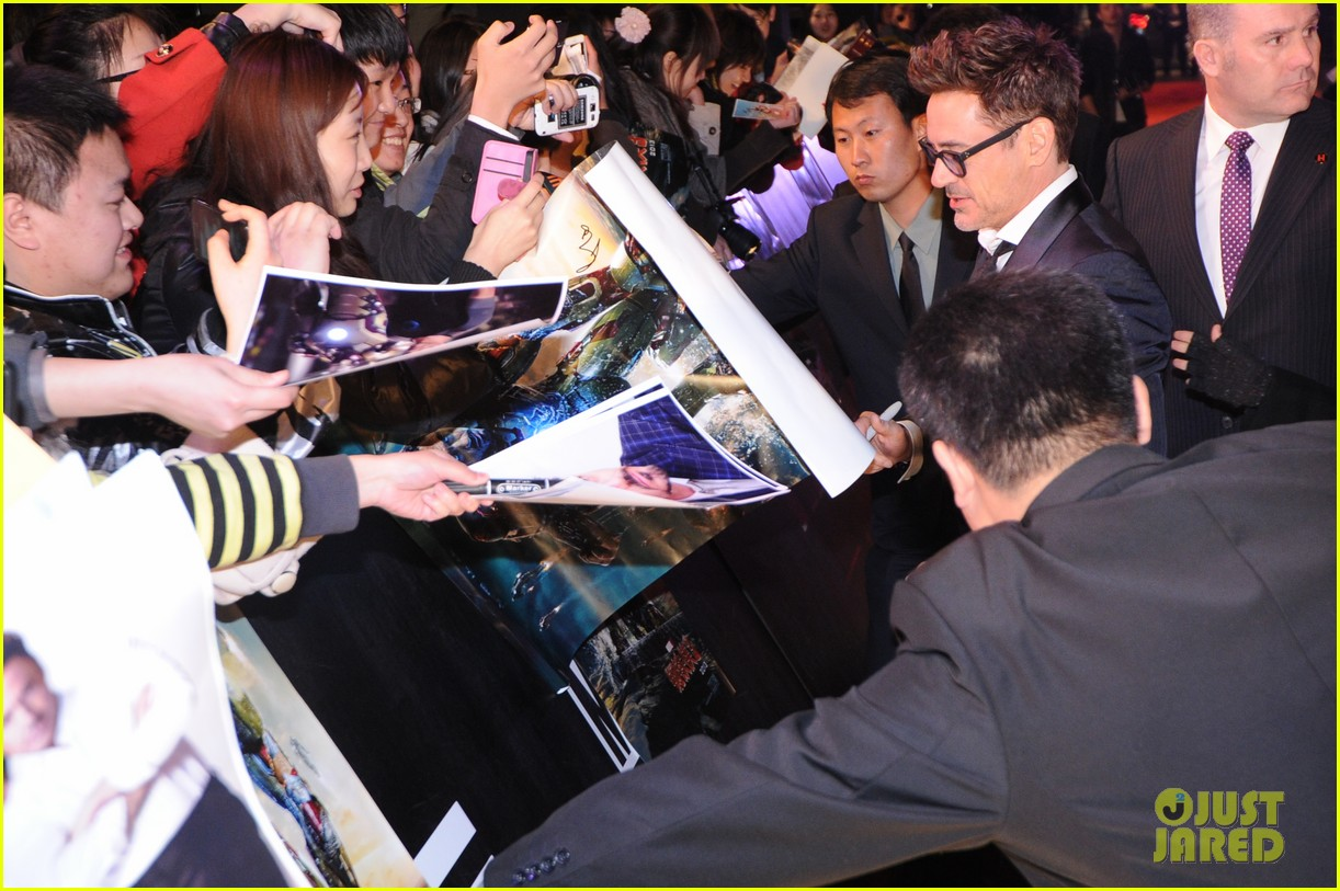 robert downey jr iron man 3 beijing premiere 12