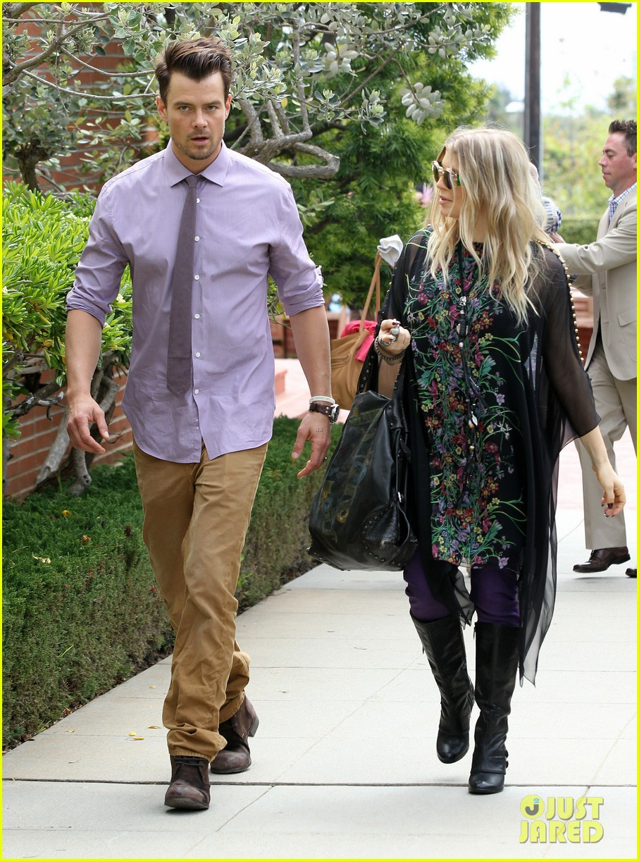 fergie josh duhamel easter sunday church goers 19