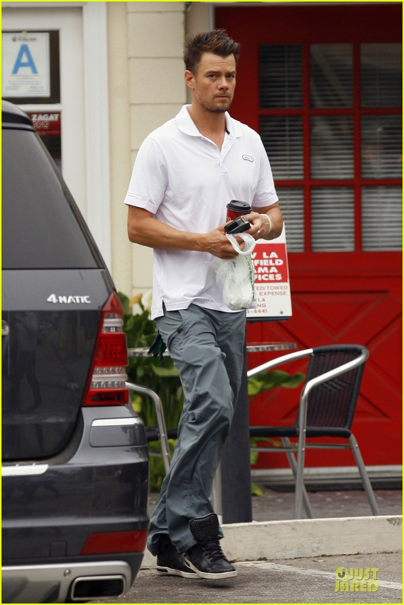 fergie josh duhamel separate outings in la 22