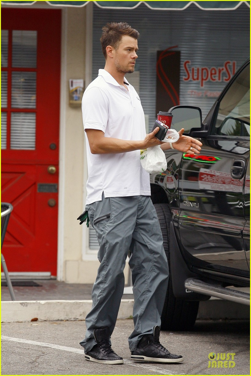 fergie josh duhamel separate outings in la 252849777