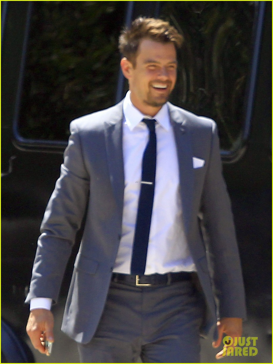 pregnant fergie sisters wedding with josh duhamel 042860115