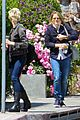 jodie foster lemonade cafe with gal pal 09