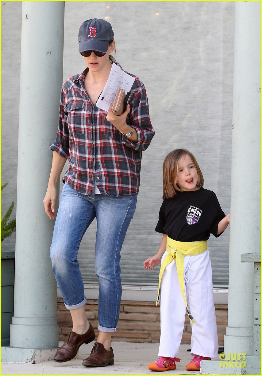 jennifer garner celebrity culture is so silly 112844472