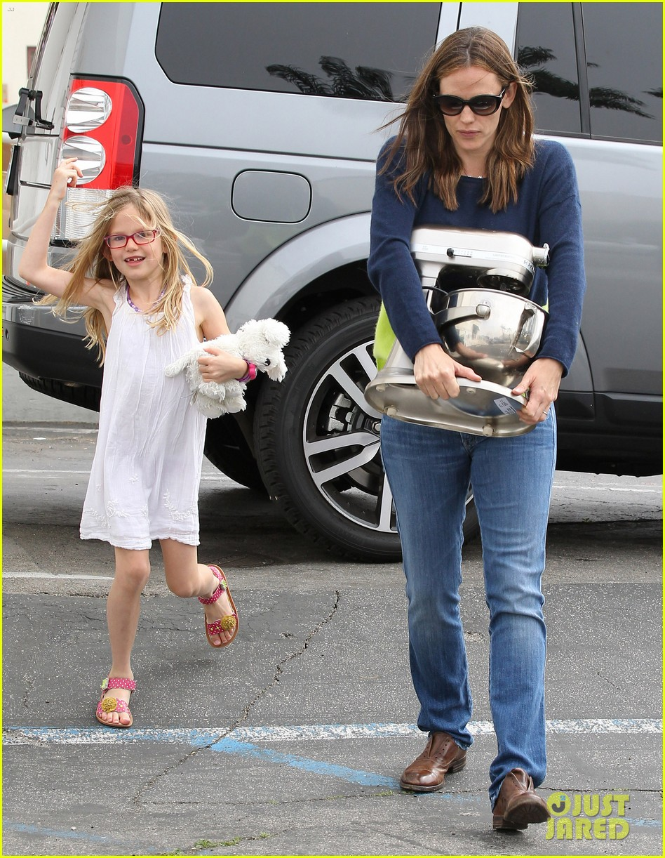 jennifer garner ben affleck weekend shopping with the girls 41