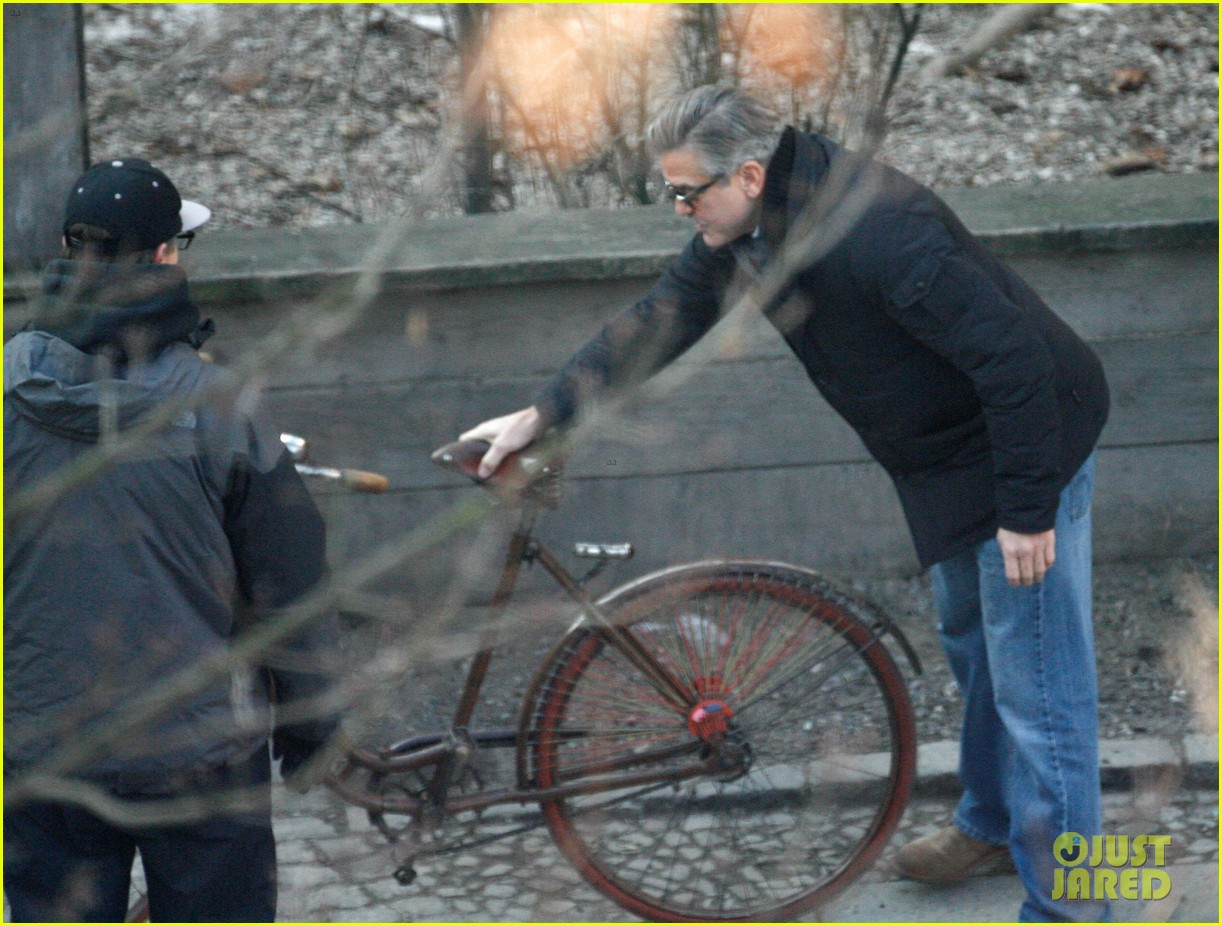 george clooney matt damon the monuments men in berlin 05