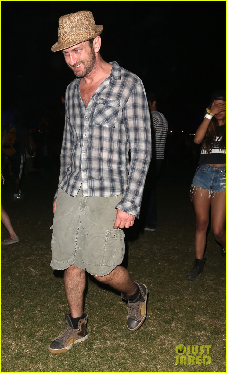 gerard butler jessica alba coachella weekend two 08