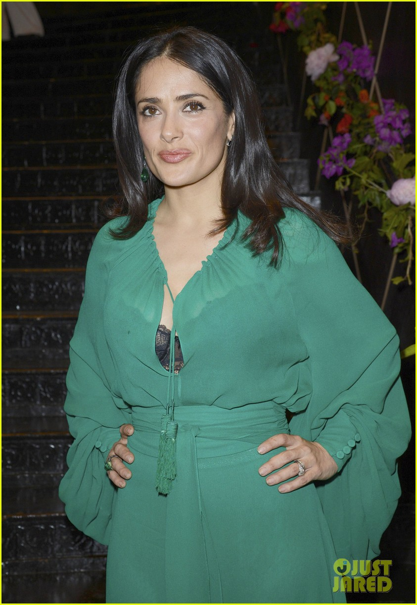 salma hayek les ptits cracks charity dinner 02